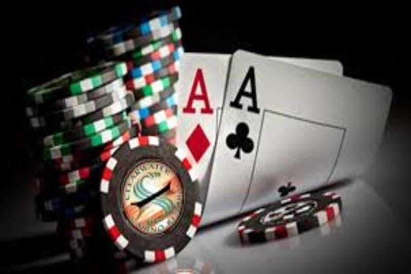Cách chọn hand chơi poker
