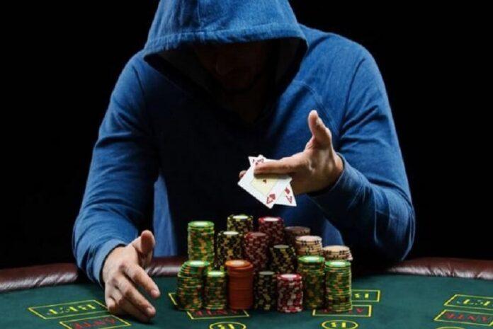Phân loại người chơi poker