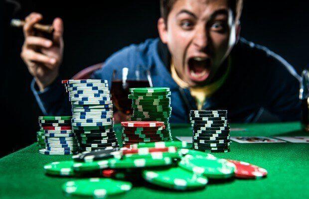 Tilt trong poker là gì
