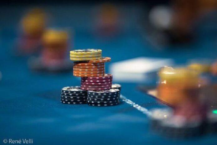 Làm chủ tư duy về lối chơi trong poker