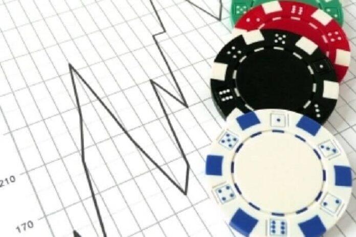 """Những Phi Vụ Kinh Doanh """"HỤT"""" Trong Poker"""